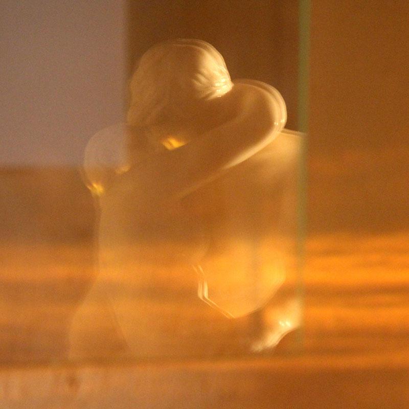 Les relations sont sûrement le miroir dans lequel on se découvre soi-même. Jiddu Krishnamurti